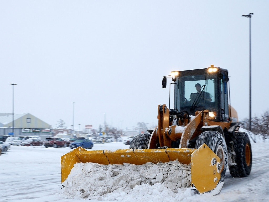 Snow Plowing and Commercial Landscaping
